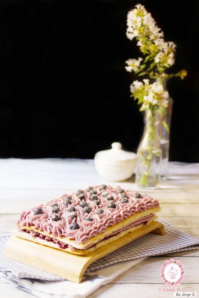 Pastel de Almendra y Arándanos