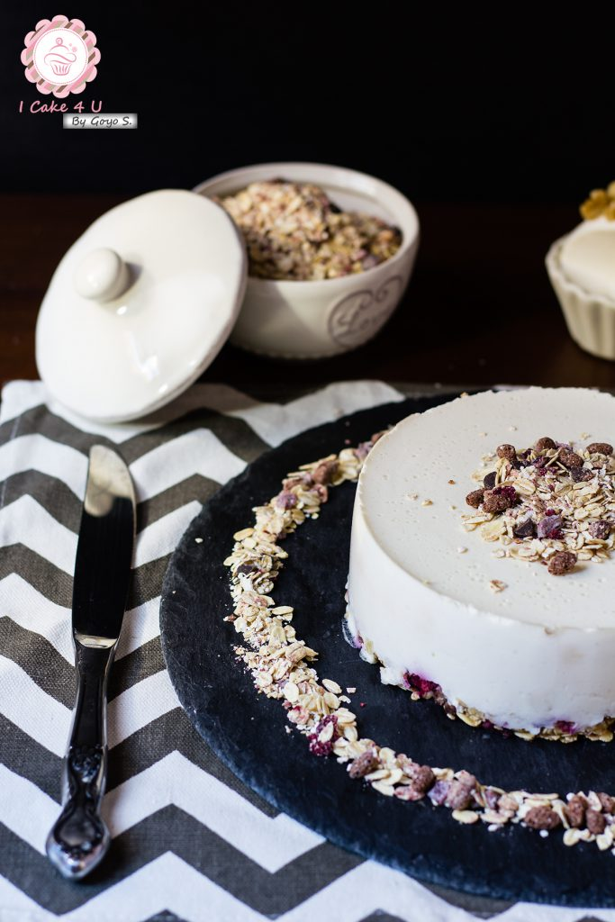 Cheesecake Salada Con Muesli de Cereza