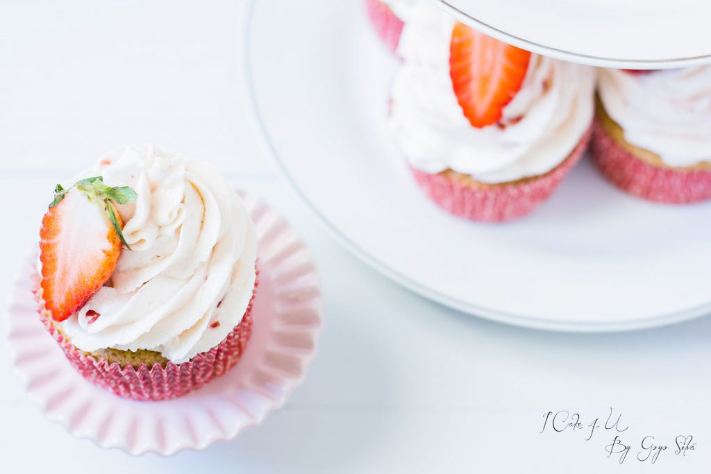 Cupcakes de Fresas y Almendra